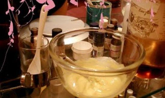 Ateliers Bionessence pour faire soi-même son maquillage bio