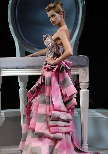 JJC0480 La rentrée maquillage : le légendaire Rouge Dior