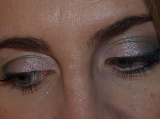 Christmas makeup 510x382 Maquillage de fête sans ressembler à une boule à facette