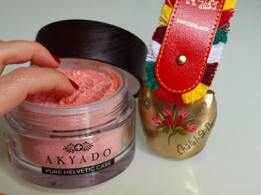 Akyado Peeling mains 30ansenbeaute 510x382 Akyado, lexpert en onglerie venu du pays du chocolat