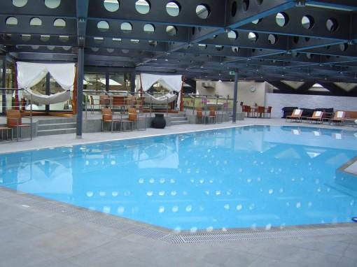 Spa 5 Mondes Kempinski piscine II 30ansenbeaute 510x382 Après midi détente au Spa 5 Mondes à Genève
