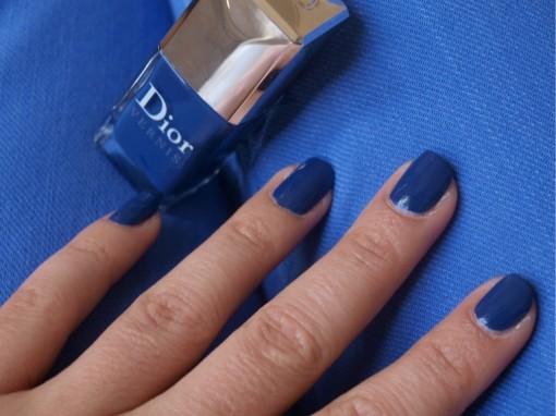 Vernis Blue Denim Dior jean 30ansenbeaute 510x382 La bataille du vernis bleu est lancée