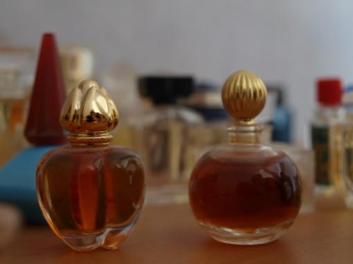 Miniatures parfums 30ansenbeaute 510x382 Confessions beauté autour de 7 péchés capitaux