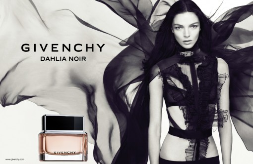 DAHLIA NOIR MODEL VISUAL INTL A4 PRINTING USE IMAGES G0036711 510x332 Le retour aux sources de Givenchy
