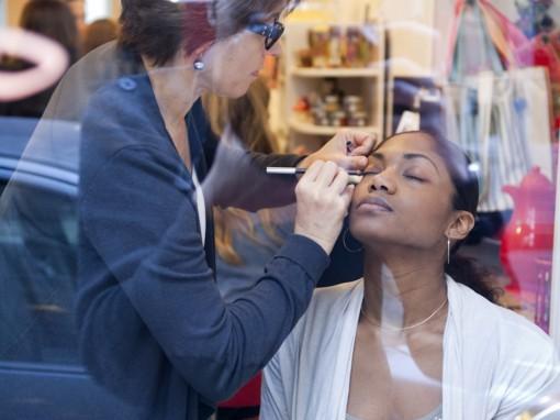 Maquillage teint Avene 2 After Mum to be Party 30ansenbeaute 510x382 La rencontre beauté des jeunes mamans : le compte rendu !