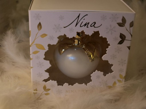 Nina Ricci Edition Limitee Snow Princess Edition 30ansenbeaute 510x382 Savoir recevoir en beauté