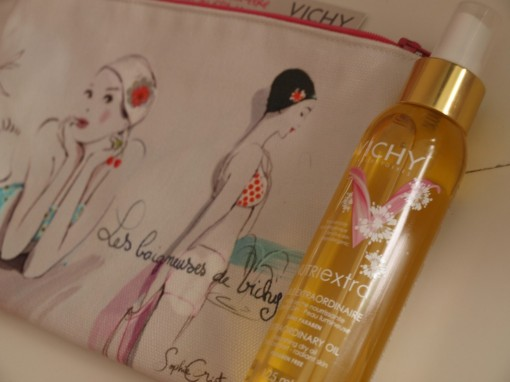 Trousse maquillage ete Vichy 30ansenbeaute 510x382 My sunny trousse