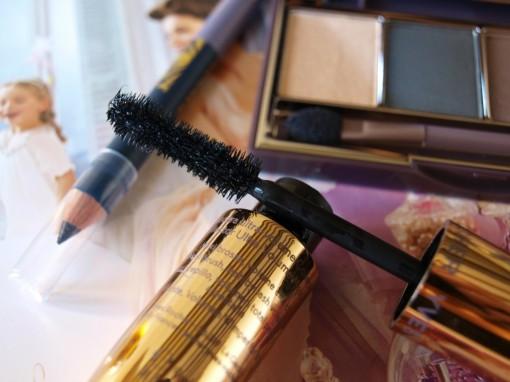 Palette fards a paupiere Yves Rocher 30ansenbeaute II 510x382 Maquillage de Noël indigo par Yves Rocher