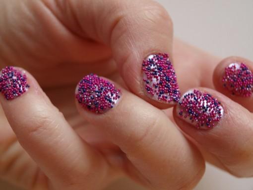kit manucure caviar pearls nocibe 30ansenbeaute2 510x382 Des billes sur mes ongles : un jeu denfant ?