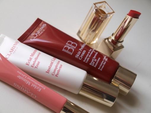Clarins maquillage bbcream rouge eclat embellisseur 30ansenbeaute 510x382 Le look pin up dun soir avec Clarins