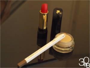 5333df6fb6d8dbe7c3cc9c712ca277d1 Maquillage minimaliste : du rouge sur lèvres et cest tout!