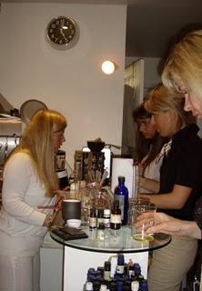 Ateliers Bionessence pour faire soi même son maquillage bio